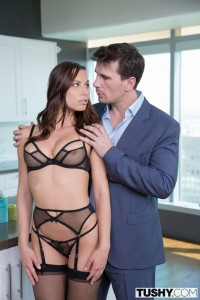 Tushy Aidra Fox in Young Assistant Fucked in the Ass with Manuel Ferrara 4